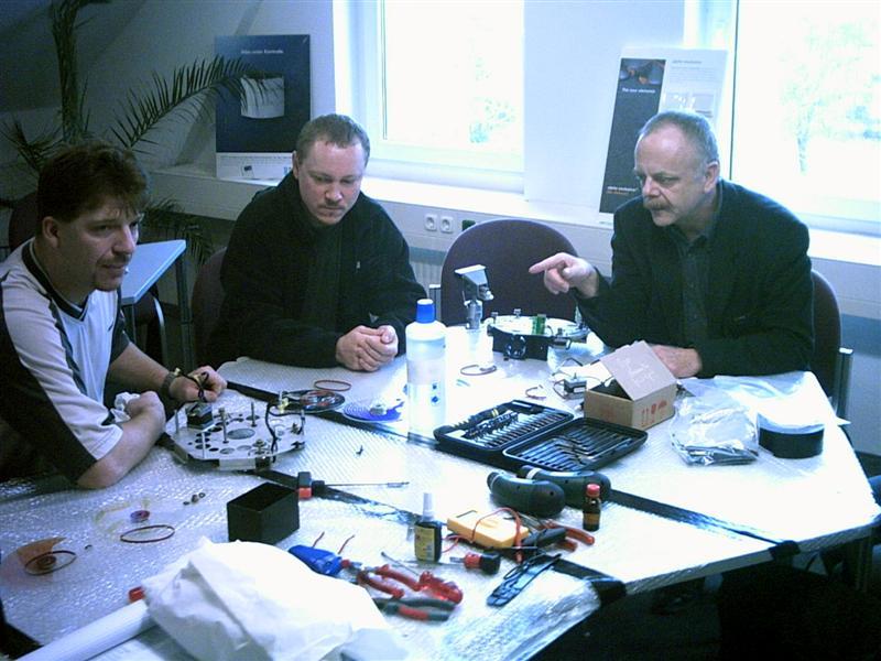 https://tal-chemnitz.de/cardboard.datastore/TAL-articles/2003-01-20-Workshop-Martin-MAC-600/PHTO0006.JPG