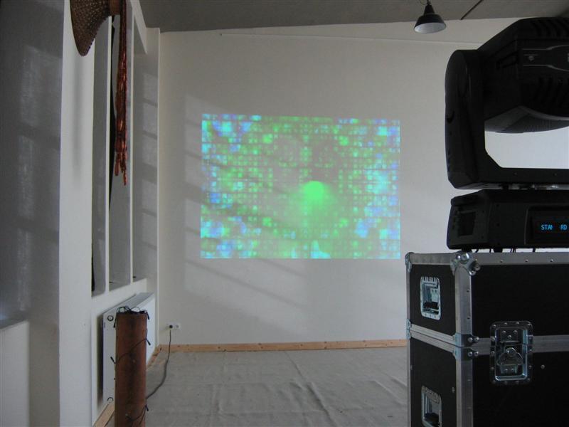 https://tal-chemnitz.de/cardboard.datastore/TAL-articles/2005-03-01-Workshop-Digitale-Lichtgestaltung/050017.JPG