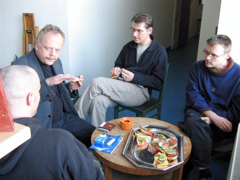 https://tal-chemnitz.de/cardboard.datastore/TAL-articles/2005-03-01-Workshop-Digitale-Lichtgestaltung/050018.JPG