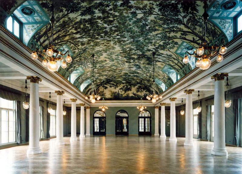 https://tal-chemnitz.de/cardboard.datastore/TAL-articles/2005-07-27-Prinzregententheater/1Gartensaal-1988.jpg