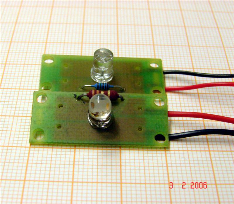 http://tal-chemnitz.de/cardboard.datastore/TAL-articles/2006-02-06-LEDI-Clip/DSC00375.JPG